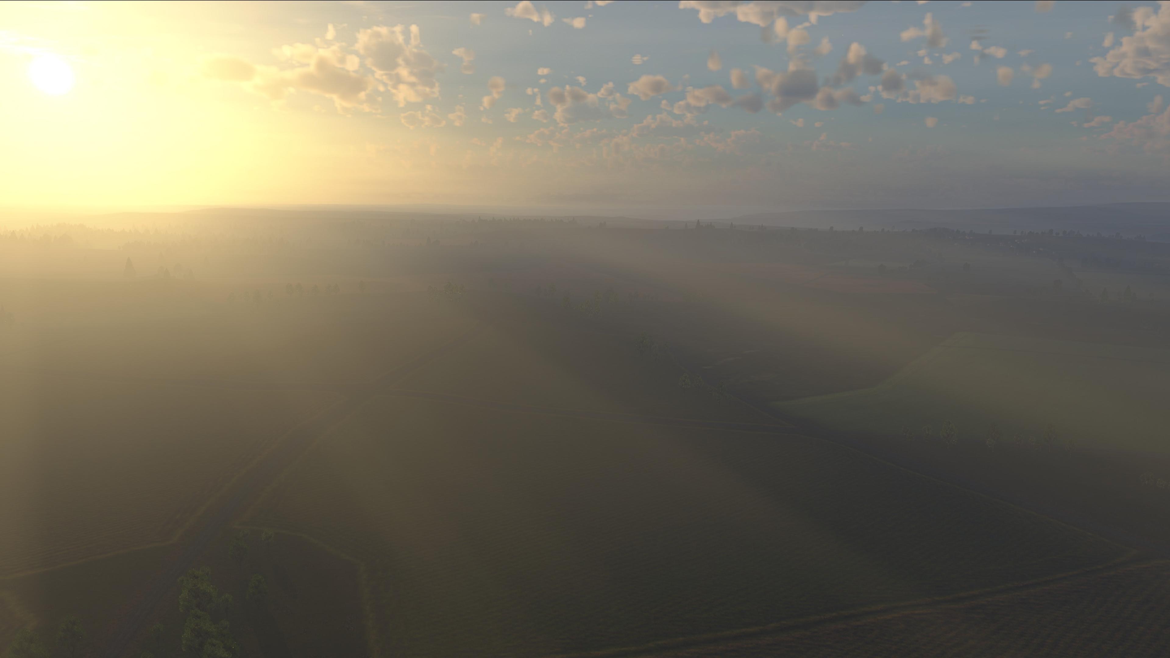 Туман в лучах утреннего света.